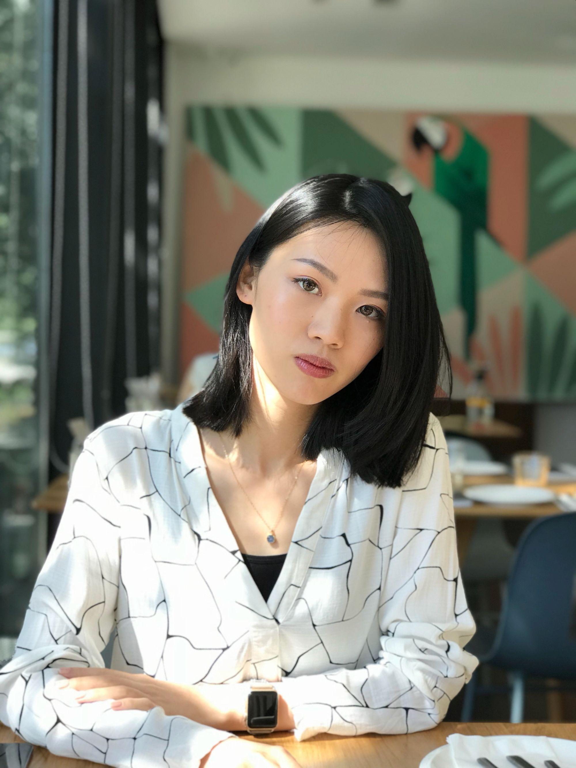 Jingru Zhang